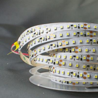 Лента светодиодная стандарт (IP20) SMD2835 - 120led/12Вт на метр 12В 4000К дневная белая SWG