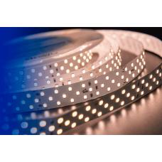 Лента светодиодная LUX CRI 93 SMD 2835 252 led/24w на метр 24V IP33 2400lm тепло-белая 3000К 5000×19